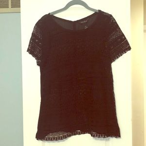 White House black market black top